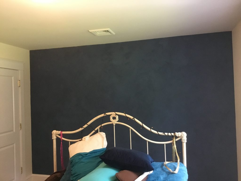 lime paint accent wall